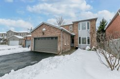 24 Carruthers Crescent, Barrie